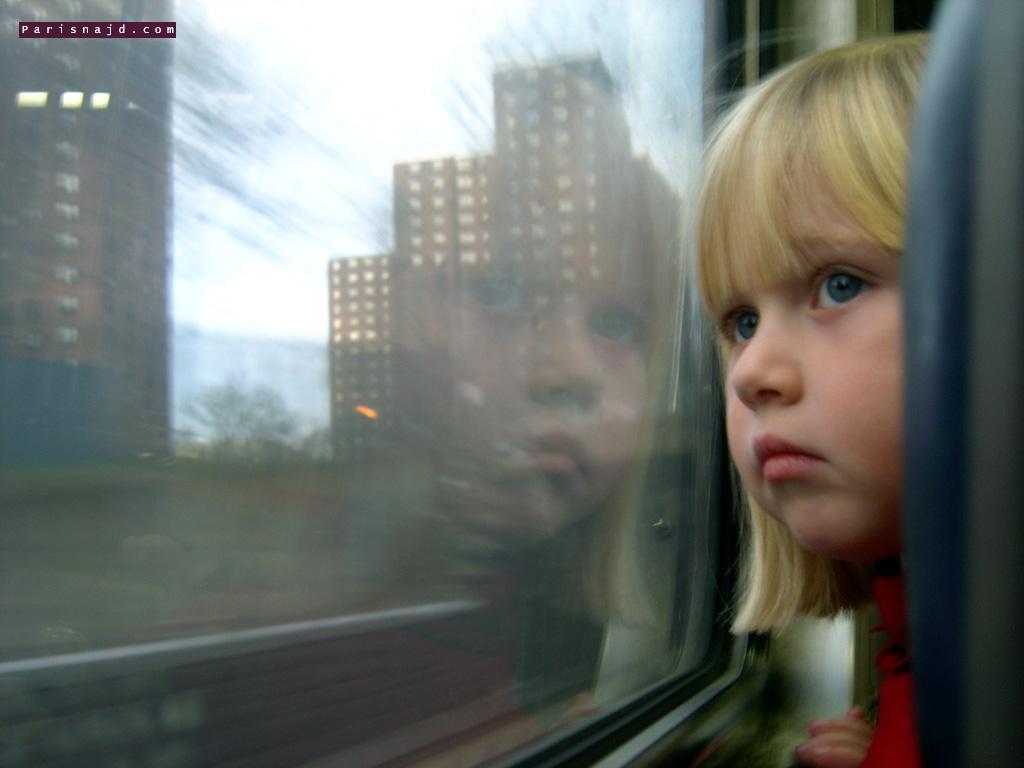تصاميم صور اطفال حزينة