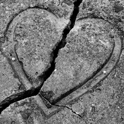 صورة كلمات عن الخداع في الحب